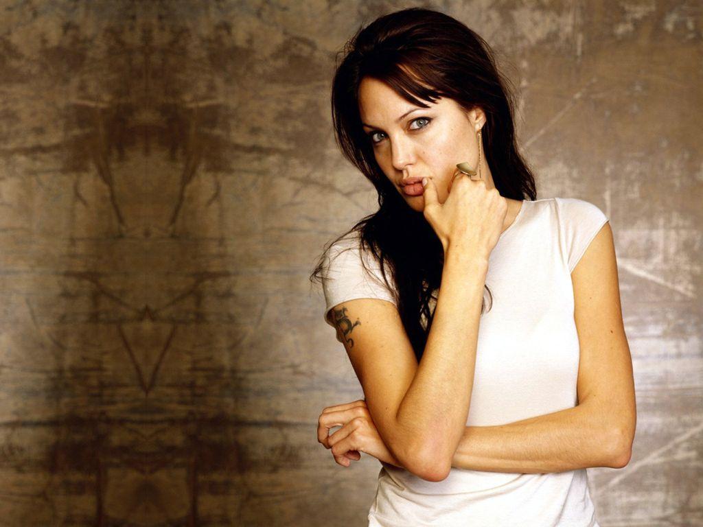 Anjelina Jolie Hot And Sexy 01 - Xcitefunnet-2025