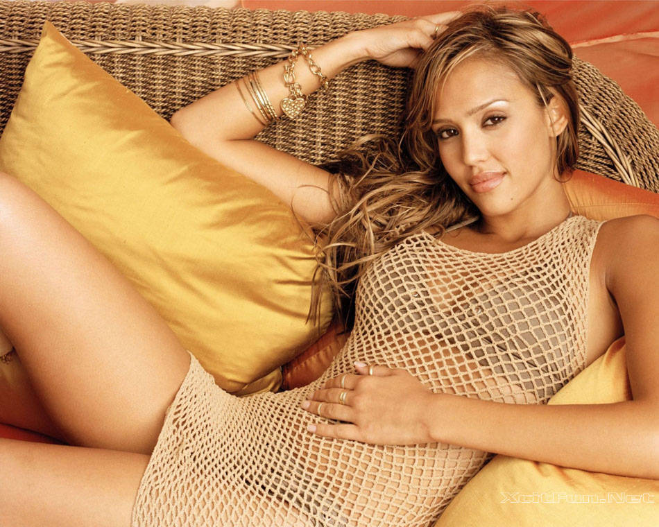 Jessica Alba Outtakes in Golden Beige Fishnet Bikini : Celebrities Xposed