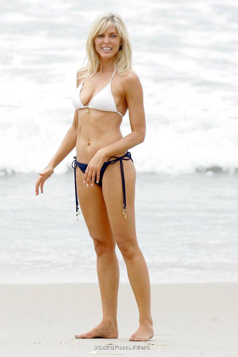 marla maples skinny girl join baywatch cartwheel unit
