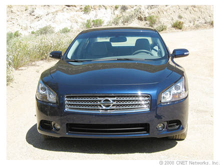 Nissans Top Line Sedan Maxima 2009 Four Door Sports Car