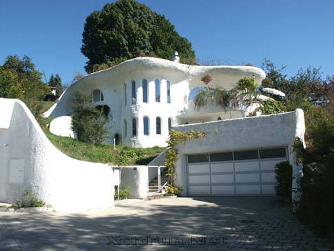 Earth house flexible construction to preserve natural for Peter vetsch earth house