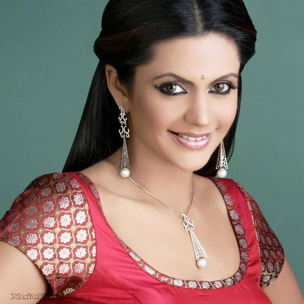 6305xcitefun mandira bedi 7 - Women Fashion World