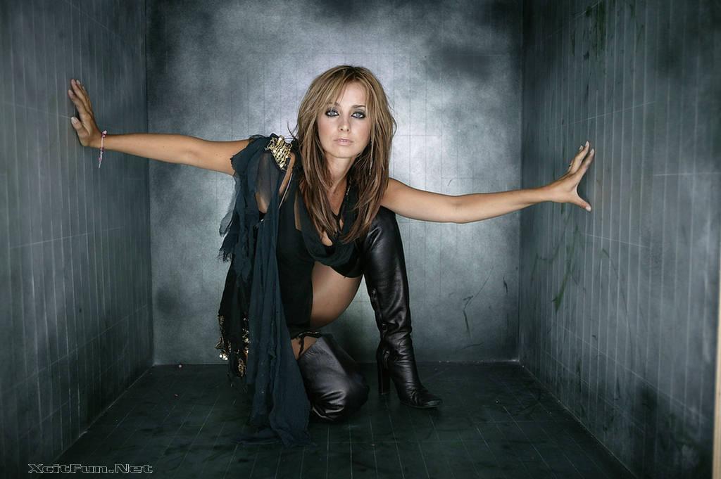Louise Redknapp Model for Avon Pandora's Kiss Promoshoot