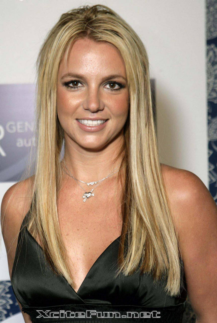 Britney Spears First Ever Social Appearance With Jim Carre