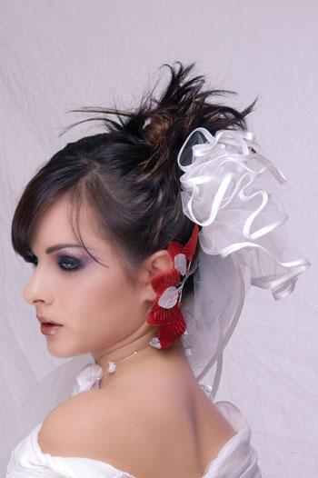 [تصویر: 10187,xcitefun-girls-hair-style-6.jpg]