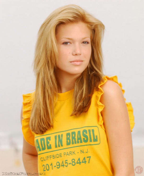 Mandy Moore Made In Brazil Photo Shoot And Biography