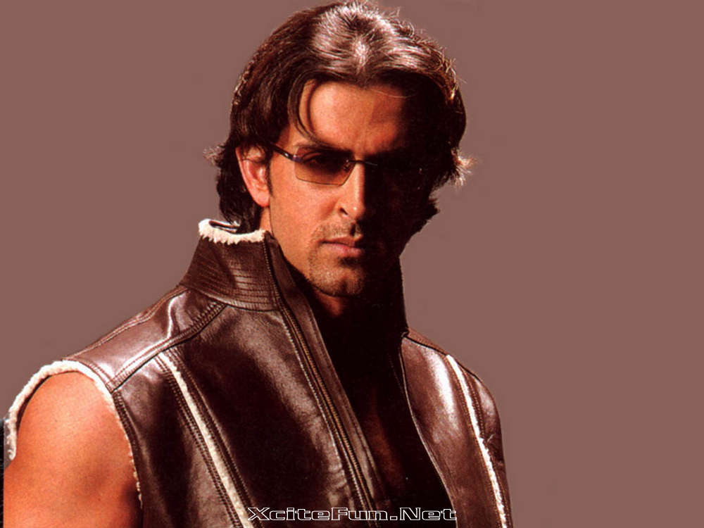 Hrithik Roshan Stylish Star Child Biography n Wallpapers