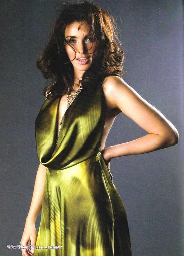 sexy lisa ray actress