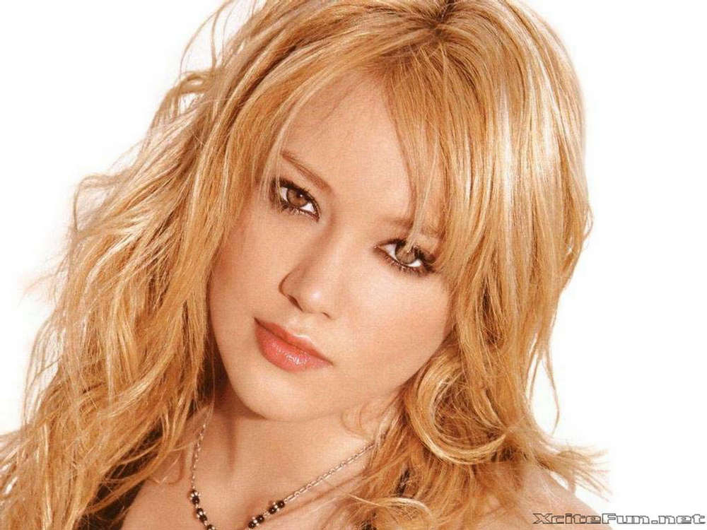 Hilary Duff Squeaky Clean Mall Princess Wallpapers