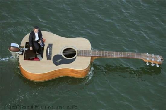 14376,xcitefun-guitar-boat-1.jpg