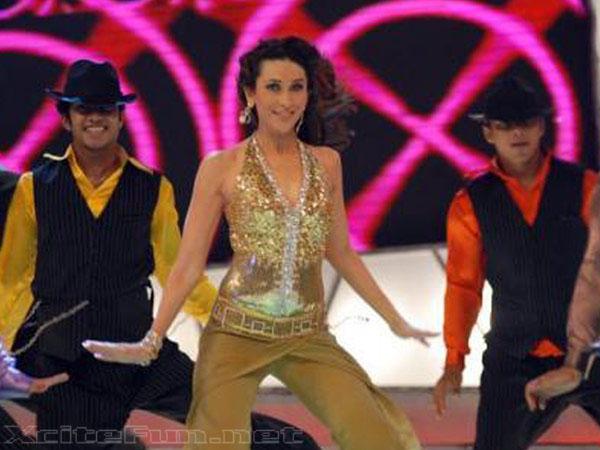 Karisma Kapoor: Hot Girl On Hot Show Nach Baliye ...