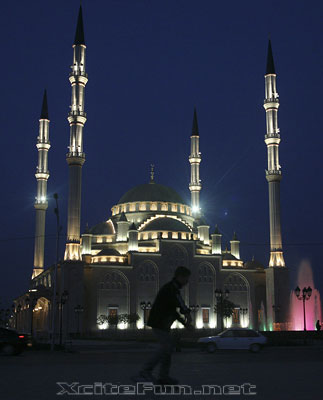 Ahmad Kadyrov Mosque: World Largest Mosque in Europe ...
