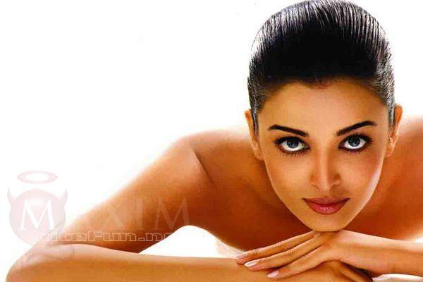 Bollywood Actresses In Maxim: Maximum Bollywood Beauties
