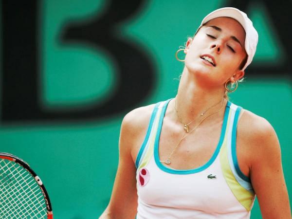 Hot Female Tennis Players Photos Biography Hot Videos ...