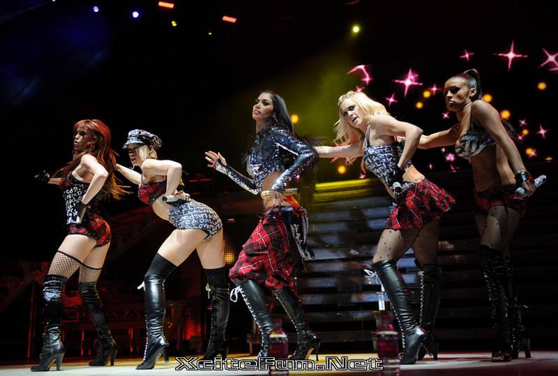 Pussycat dolls world domination tour — photo 9