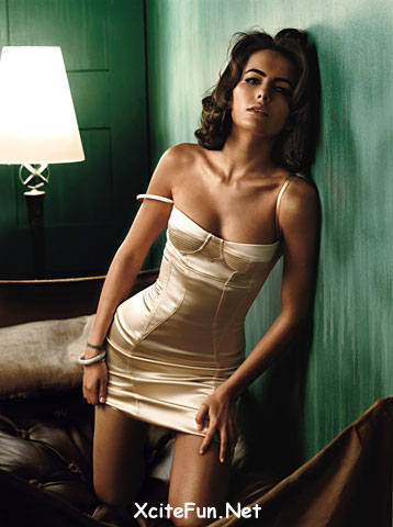 Young Celebrities on Camilla Belle  Smokin Hot   Gq Photo Shoot   Global Celebrities