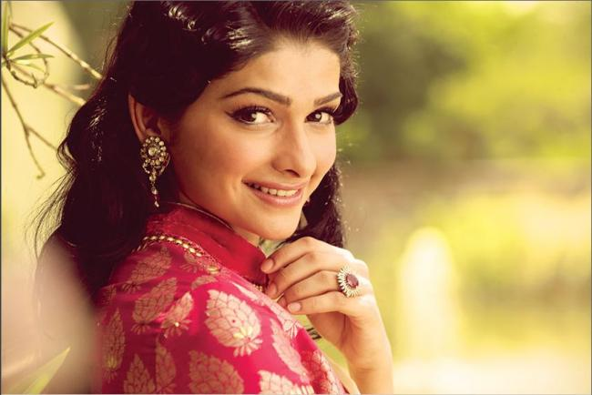 Prachi Desai - Photo Colection