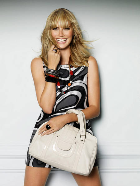 Heidi Klum Accessorize Handbag Fashion Shoot