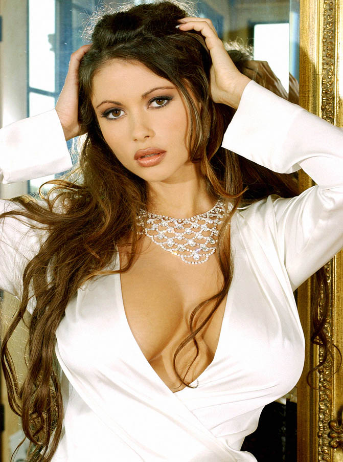 Veronika Zemanova nackt,