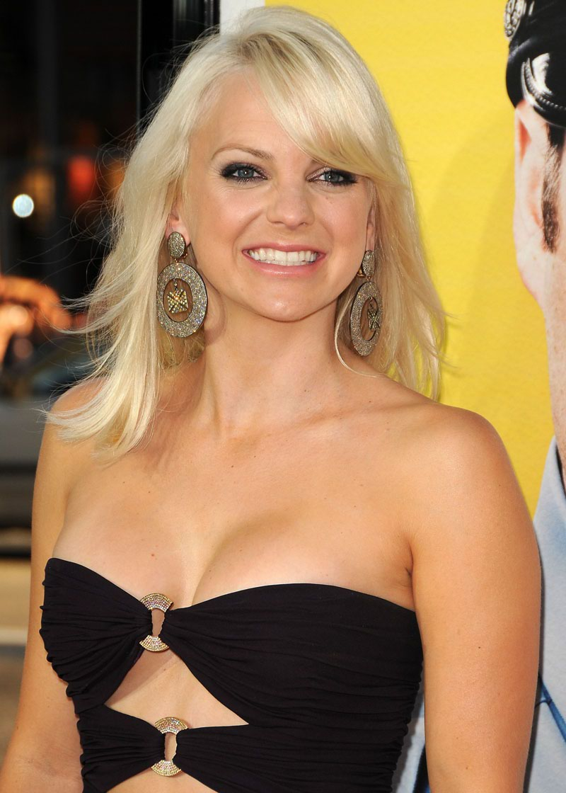 Anna faris in beautiful black dress xcitefun anna faris in beautiful black dress voltagebd Image collections
