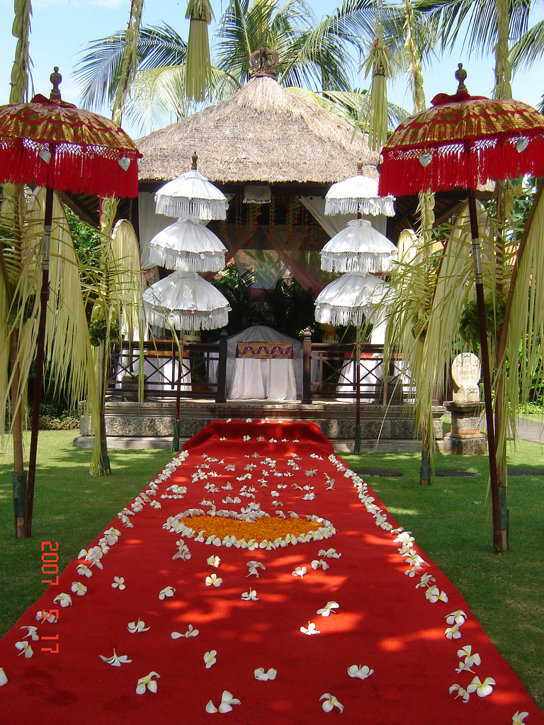 0utdoor wedding beach decorations for Bali wedding decoration ideas