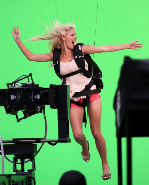 Heidi Montag Flying IN D Air PHOTOSHOOT (exclusive