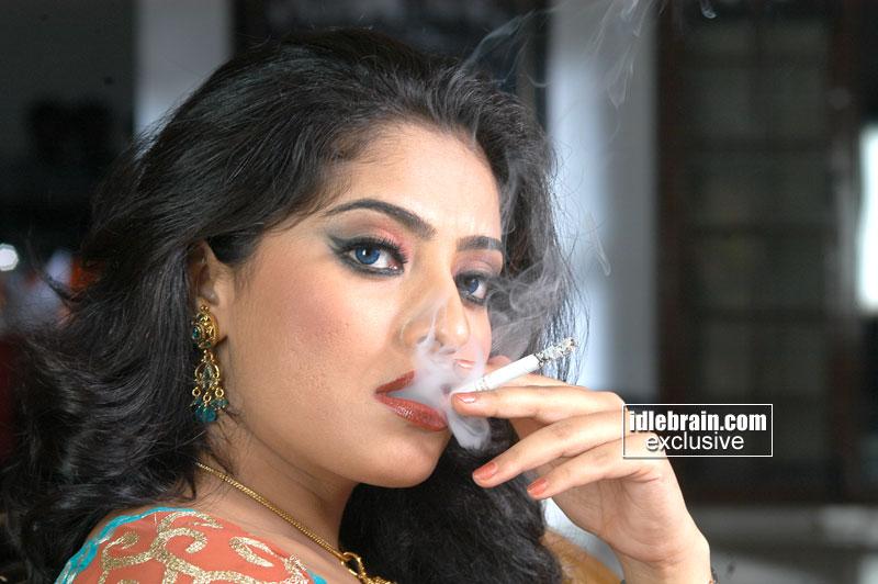 South Indian Actress Mumtaj Smoking Photoshoot