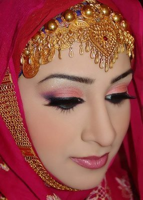bride hijaabs and niQabs  Arabian Style