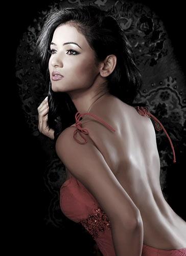 Mahie Gill hot 2011