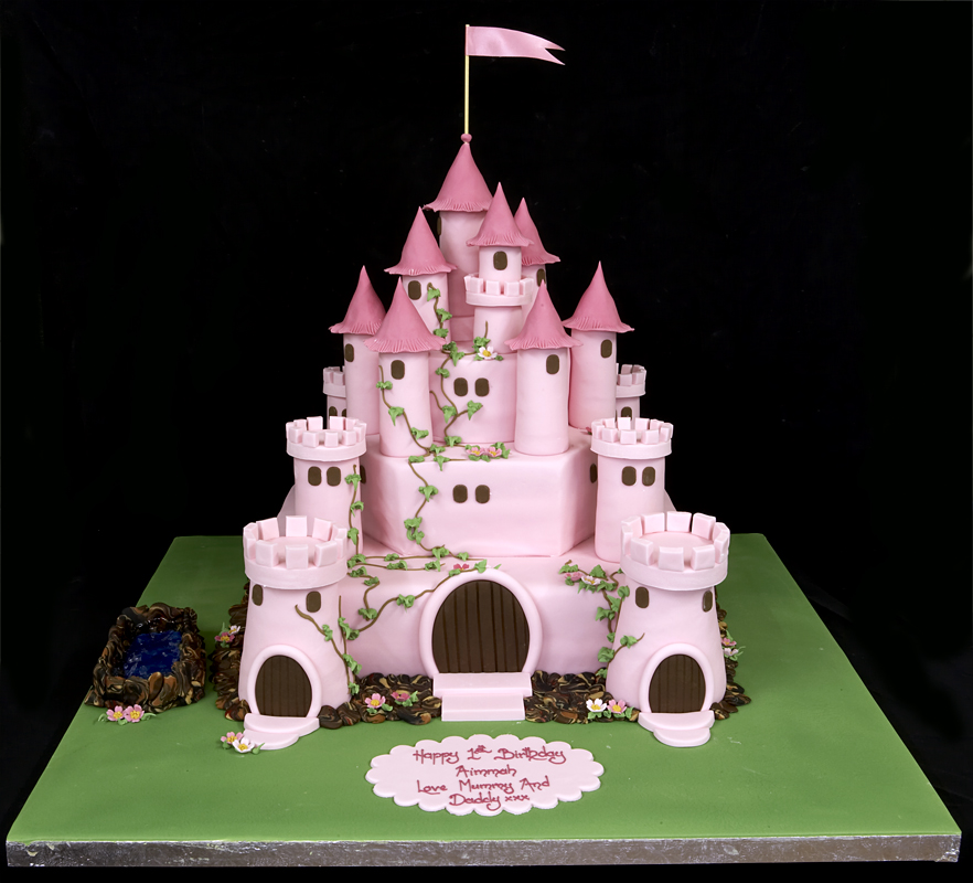 Birthday Cake in Castle style