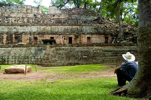 how to get to copan ruins