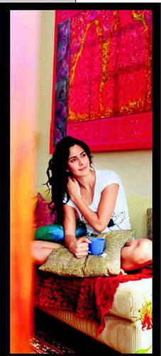 ... post subject katrina kaif in her bed room katrina kaif in her bed room