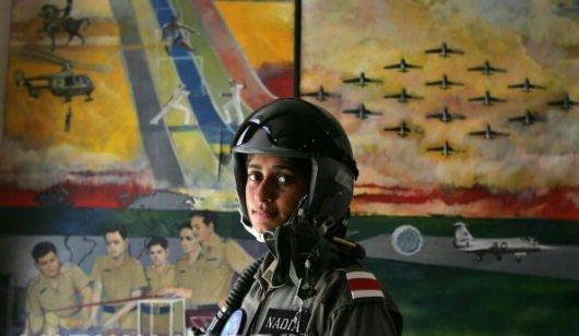 98683xcitefun military woman pakistan army 000004 - Pakistan