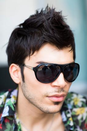 http://img.xcitefun.net/users/2009/08/105748,xcitefun-mens-hairstyles-image-is055.jpg