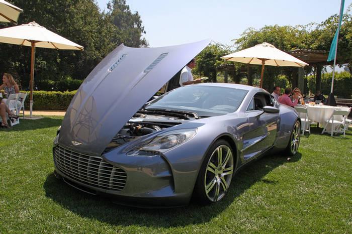 Aston Martin One77 Action Car