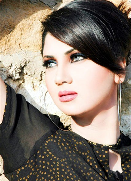 Fiza Ali in Black Beauty