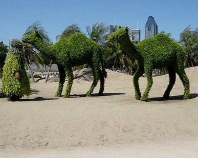 Highly creative Green Sculptures