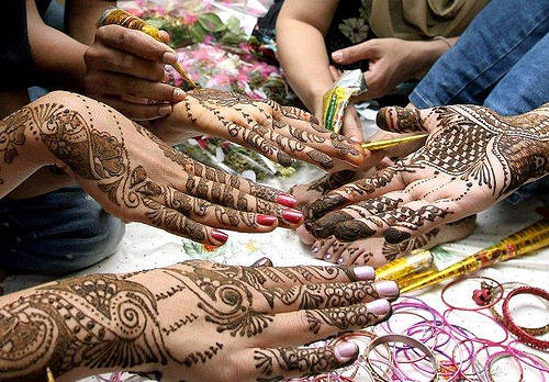 Eid Mehndi Designs Colors of Eid Celebration  2009