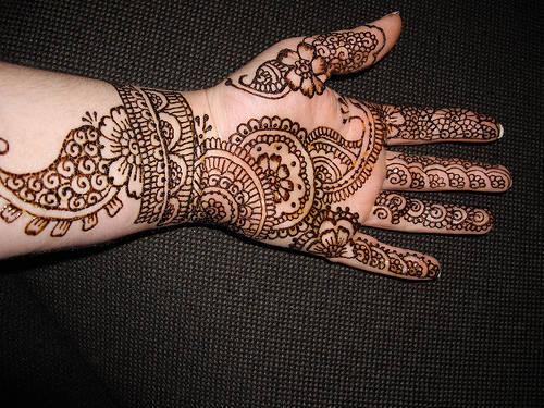 Simple Arabic Mehndi Designs