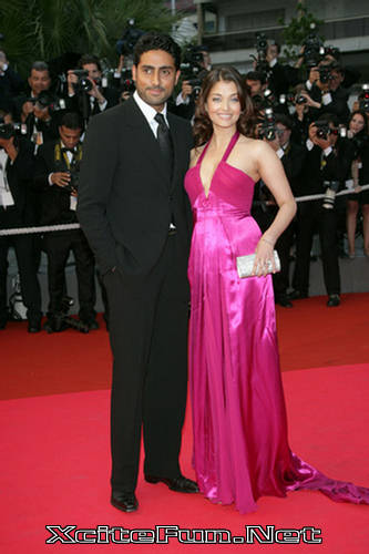 119356,xcitefun power wife aishwarya rai bachchan Bollywood Power Wives gallery bollywood pictures