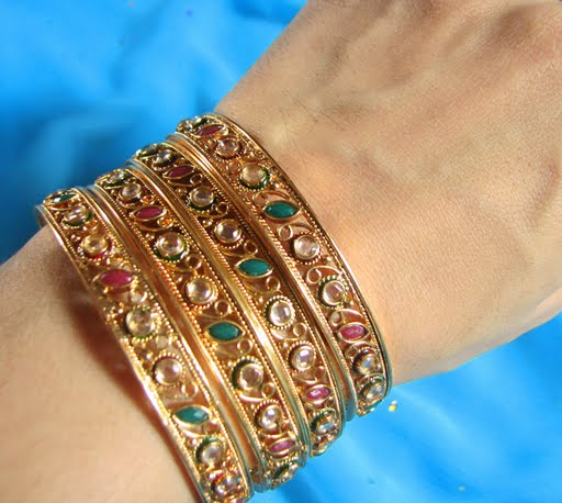 119966xcitefun gold bangels 1 - Kundan beaded bangles