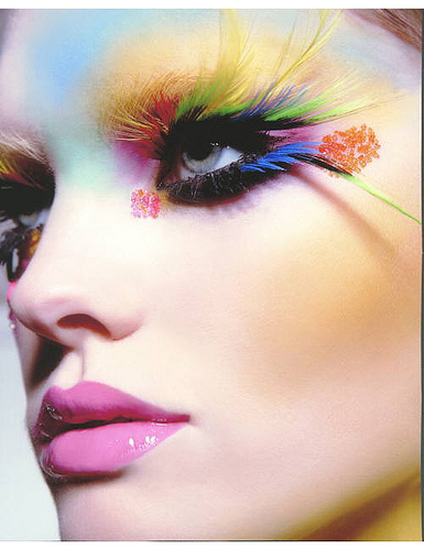 http://img.xcitefun.net/users/2009/10/120690,xcitefun-colorful-make-up.jpg