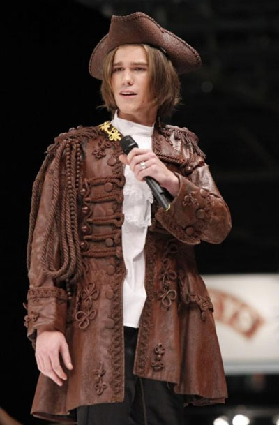 Chocolate Fashion Show in Paris............... - XciteFun.net