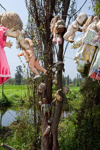 Creepy Craps Island of the Dolls  Mexico