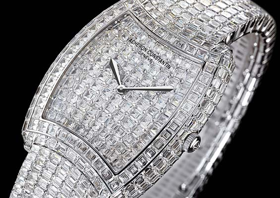 137185xcitefun 2 - Diamond Studded Timepiece for Men