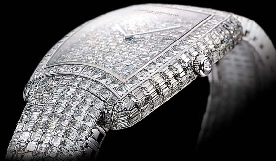 137186xcitefun 1 - Diamond Studded Timepiece for Men