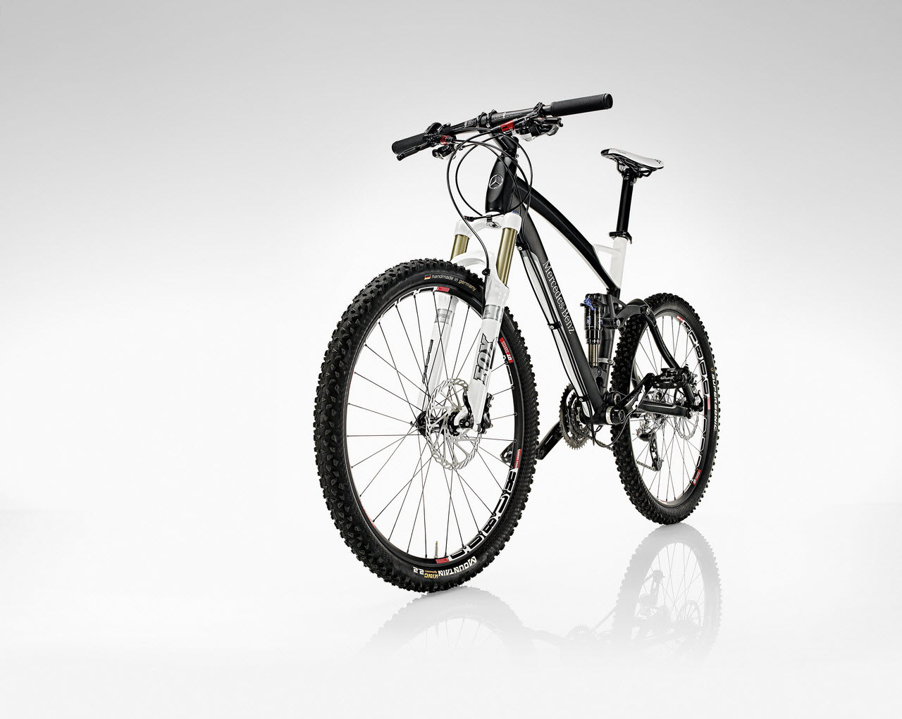 A bike from mercedes benz for Mercedes benz mountain bike
