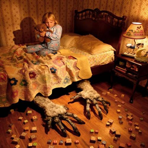 http://www.google.gr/imgres?sa=X&biw=1366&bih=664&tbm=isch&tbnid=6vRkqGz-nyl8iM%3A&imgrefurl=http%3A%2F%2Fforum.xcitefun.net%2Fchild-fear-a-few-things-which-afraid-children-t42264.html&docid=gY6zi7JVFiqXeM&imgurl=http%3A%2F%2Fimg.xcitefun.net%2Fusers%2F2010%2F01%2F139434%2Cxcitefun-child-fear-1.jpg&w=500&h=499&ei=rZUtU4yrO4LVtAaSjIHQAQ&zoom=1&ved=0CHUQhBwwCw&iact=rc&dur=887&page=1&start=0&ndsp=19