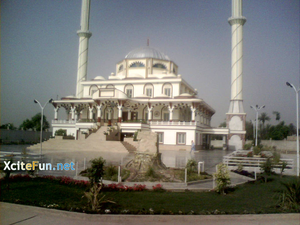 SakinaTuSughra A Village Mosque  Muzaffargarh