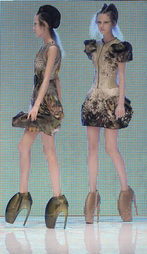 145618xcitefun fashion 03 - The Wackiest Crazy Fashion